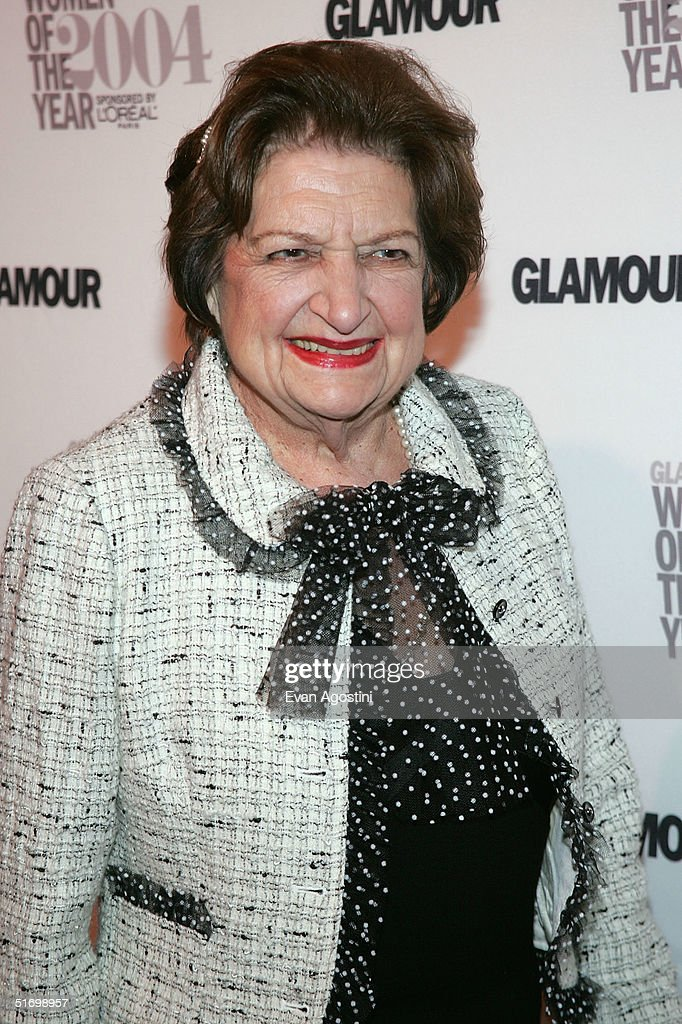 Lifetime Achievement honoree news reporter <a gi-track='captionPersonalityLinkClicked' href=/galleries/search?phrase=Helen+Thomas+-+American+Journalist&family=editorial&specificpeople=214629 ng-click='$event.stopPropagation()'>Helen Thomas</a> attends the 15th Annual Glamour 'Women of the Year' Awards at the American Museum of Natural History November 8, 2004 in New York City.