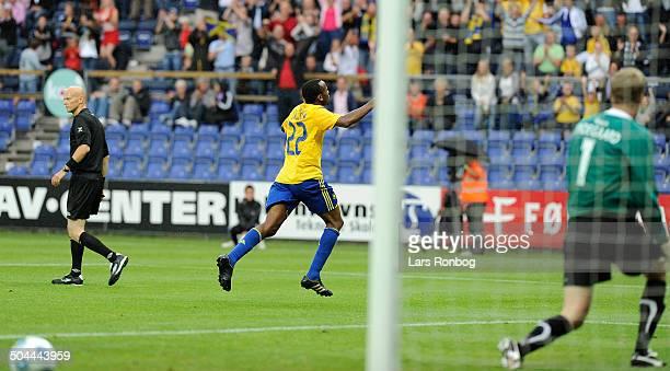 Liga Ousman Jallow BIF Brøndby making 10 goal against Keeper Anders Lindegaard OB Odense © Lars Rønbøg / Frontzonesport