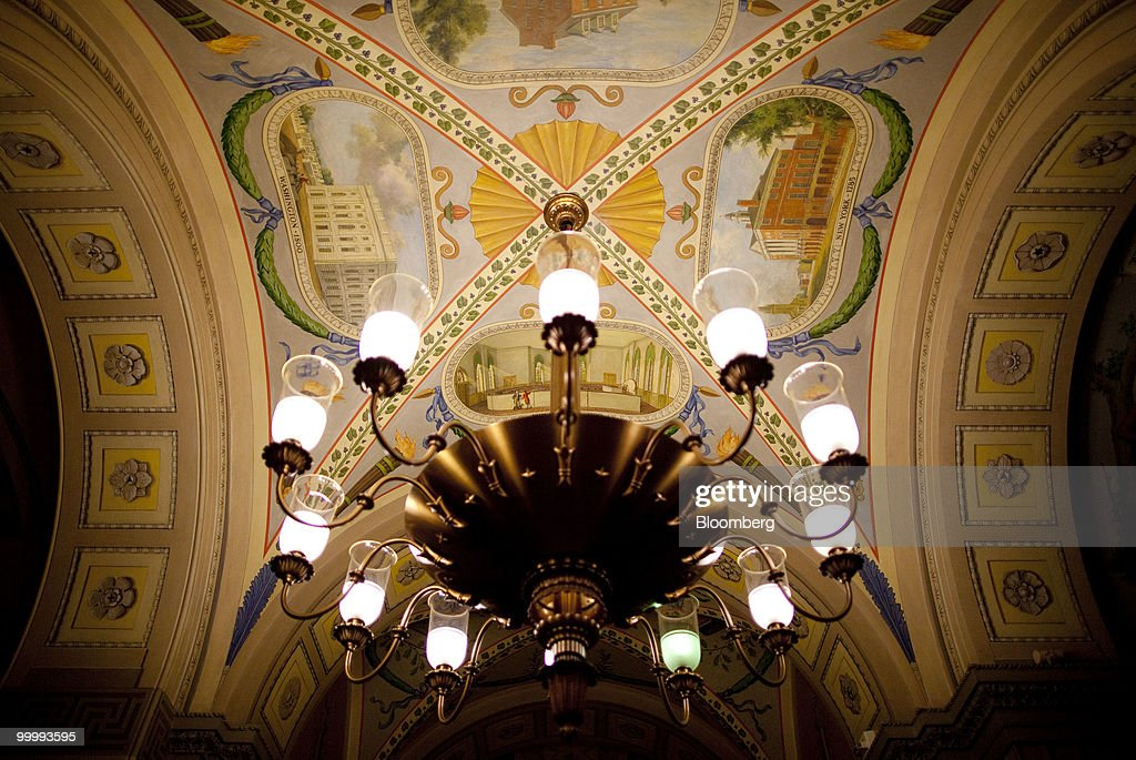 A light fixture hangs in the Capitol building in Washington, D.C., U.S., on Monday, May 17, 2010. The Capitol is the meeting place for the Senate and House of Representatives. Photographer: Andrew Harrer/Bloomberg via Getty Images