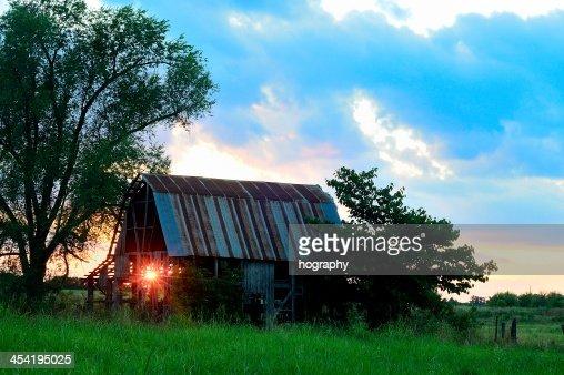 Luz por el establo : Foto de stock