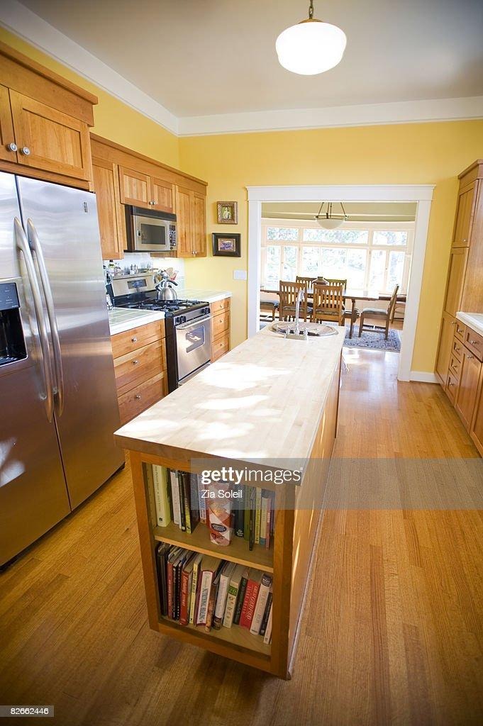 light-filled, spacious kitchen : Stock Photo