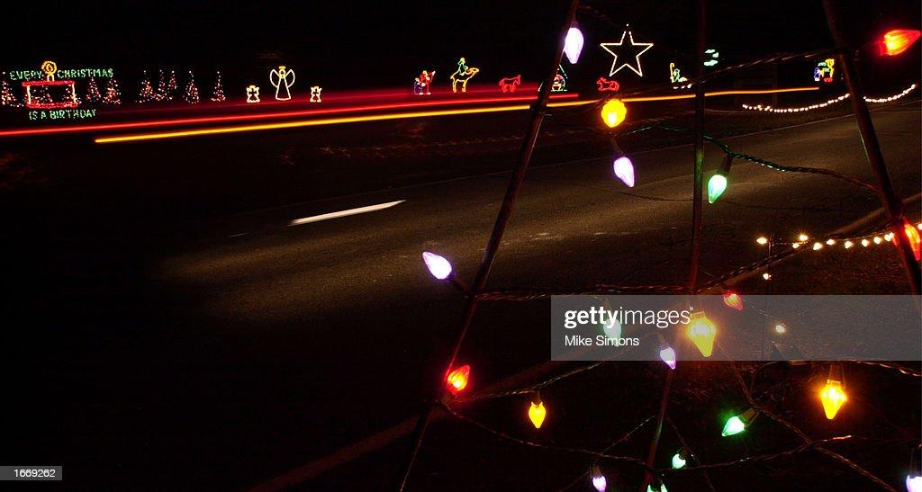 Nifty Sharon Woods Christmas Lights – TrEVeK.CoM