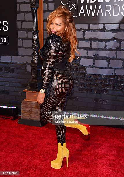 Lil' Kim attends the 2013 MTV Video Music Awards at the Barclays Center on August 25 2013 in the Brooklyn borough of New York City