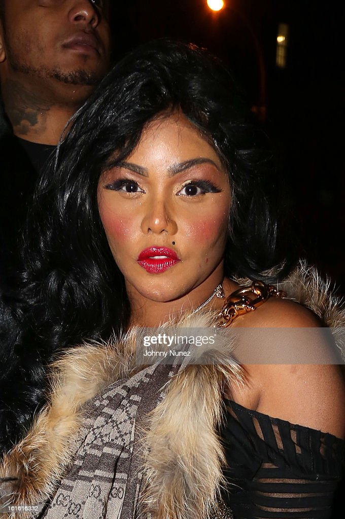 <a gi-track='captionPersonalityLinkClicked' href=/galleries/search?phrase=Lil%27+Kim&family=editorial&specificpeople=202942 ng-click='$event.stopPropagation()'>Lil' Kim</a> attends the Baltimore Ravens Superbowl Victory Party at Greenhouse on February 12, 2013 in New York City.