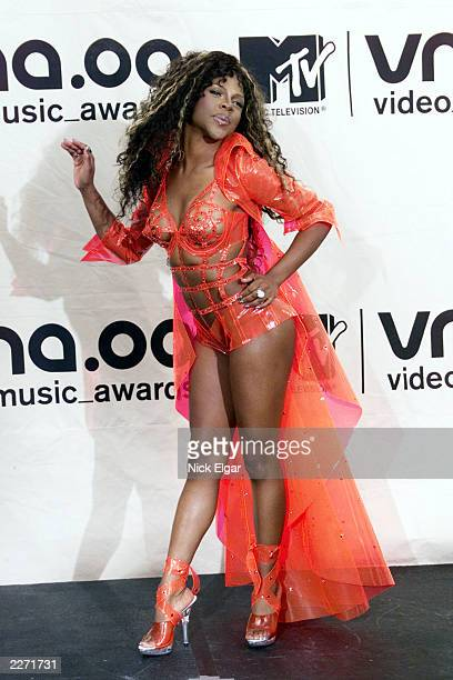Lil' Kim in Deanzign for Chyna Doll Enterprises at MTV Video Music Awards 2000 held at Radio City Music Hall September 7 2000 Photo by Nick...