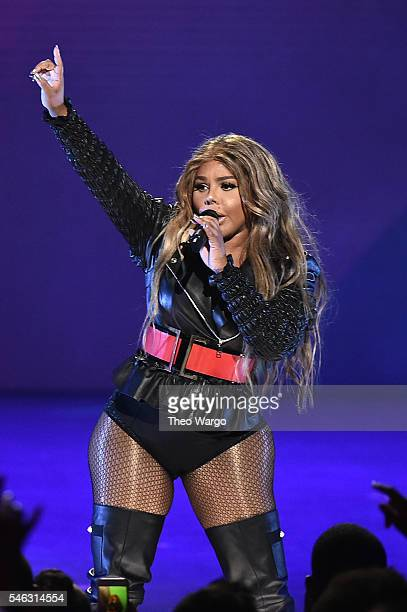 Lil Kim performs onstage during the VH1 Hip Hop Honors All Hail The Queens at David Geffen Hall on July 11 2016 in New York City