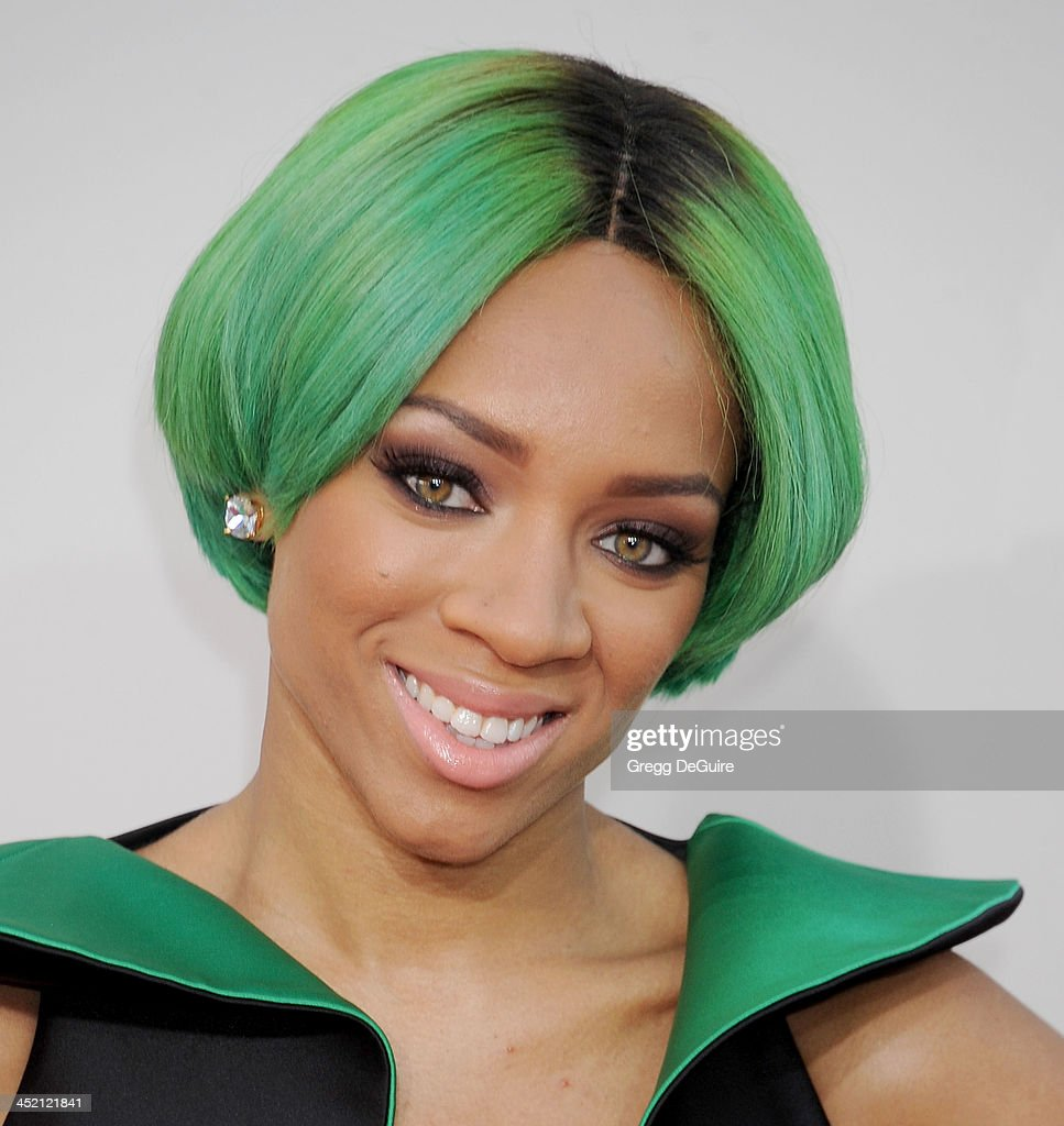 Lil' Mama arrives at the 2013 American Music Awards at Nokia Theatre L.A. Live on November 24, 2013 in Los Angeles, California.