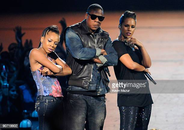 Lil Mama JayZ and Alicia Keys perform onstage during the 2009 MTV Video Music Awards at Radio City Music Hall on September 13 2009 in New York City