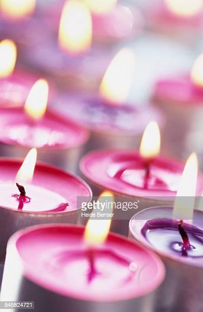 Lilac tea lights