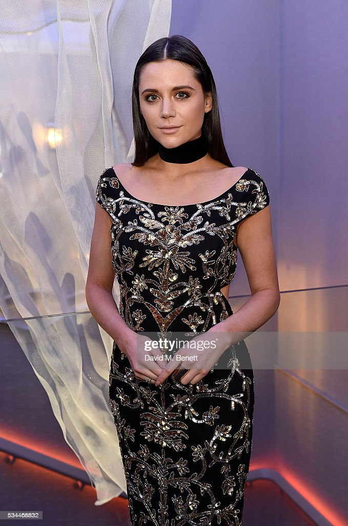 <a gi-track='captionPersonalityLinkClicked' href=/galleries/search?phrase=Lilah+Parsons&family=editorial&specificpeople=9765920 ng-click='$event.stopPropagation()'>Lilah Parsons</a> arrives at the WGSN Futures Awards 2016 on May 26, 2016 in London, England.
