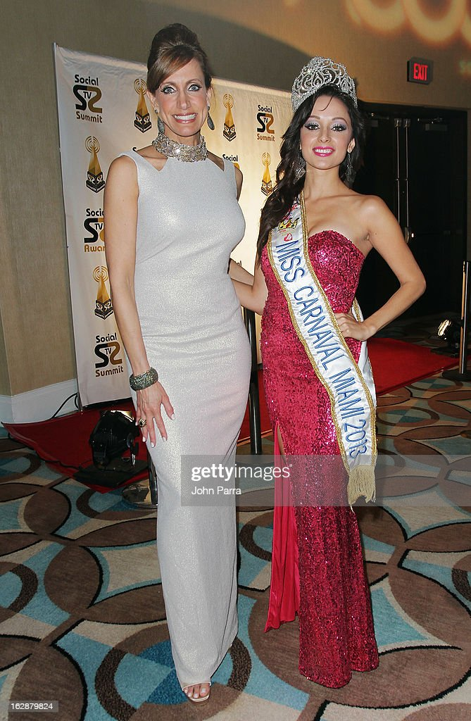 <a gi-track='captionPersonalityLinkClicked' href=/galleries/search?phrase=Lili+Estefan&family=editorial&specificpeople=751373 ng-click='$event.stopPropagation()'>Lili Estefan</a> and Lorena Placencia, 'Miss Carnavale Miami 2013,' arrive at the 2013 Latin Social TV Awards at Fontainebleau Miami Beach on February 28, 2013 in Miami Beach, Florida.