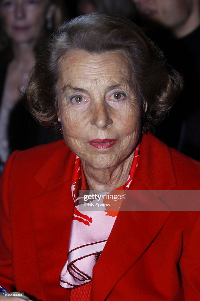 <a gi-track='captionPersonalityLinkClicked' href=/galleries/search?phrase=Liliane+Bettencourt&family=editorial&specificpeople=2343695 ng-click='$event.stopPropagation()'>Liliane Bettencourt</a> attends the Franck Sorbier show as part of the Paris Haute Couture Fashion Week Spring/Summer 2011 at Sotheby's on January 26, 2011 in Paris, France.