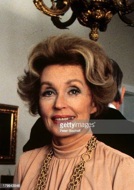 lilli palmer actress stock photos and pictures getty images. Black Bedroom Furniture Sets. Home Design Ideas