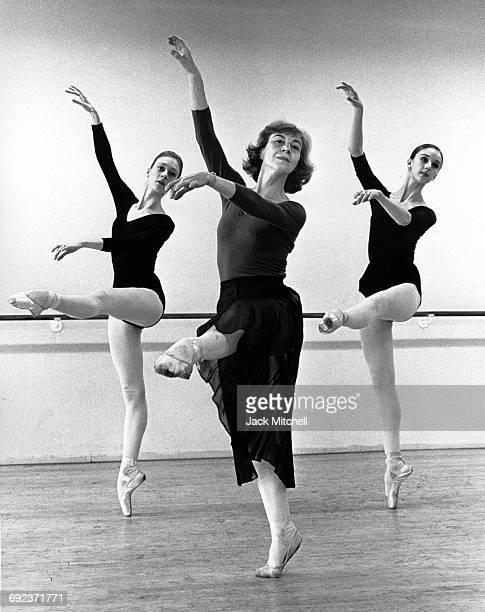 Lillian Moore instructing Trinette Singleton and Noel Mason at the American Ballet Center school 1963