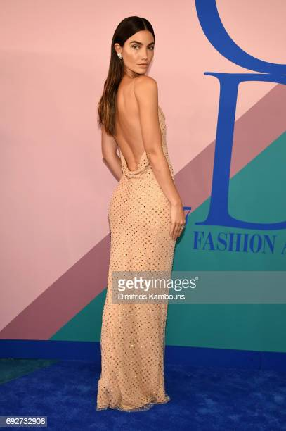 Lily Aldridge attends the 2017 CFDA Fashion Awards at Hammerstein Ballroom on June 5 2017 in New York City