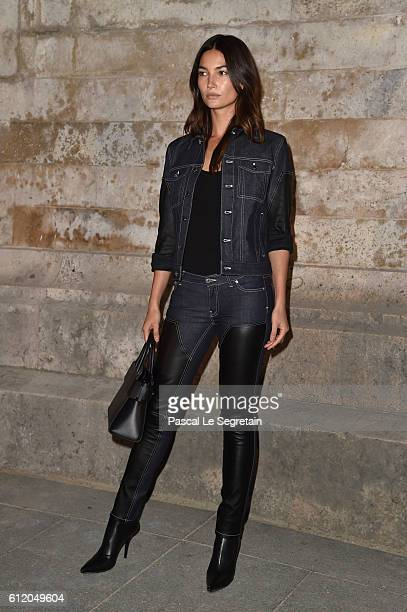 Lily Aldridge attends the Givenchy show as part of the Paris Fashion Week Womenswear Spring/Summer 2017 on October 2 2016 in Paris France