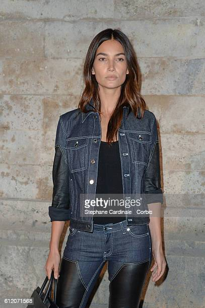 Lily Aldridge attends the Givenchy show as part of the Paris Fashion Week Womenswear Spring/Summer 2017on October 2 2016 in Paris France