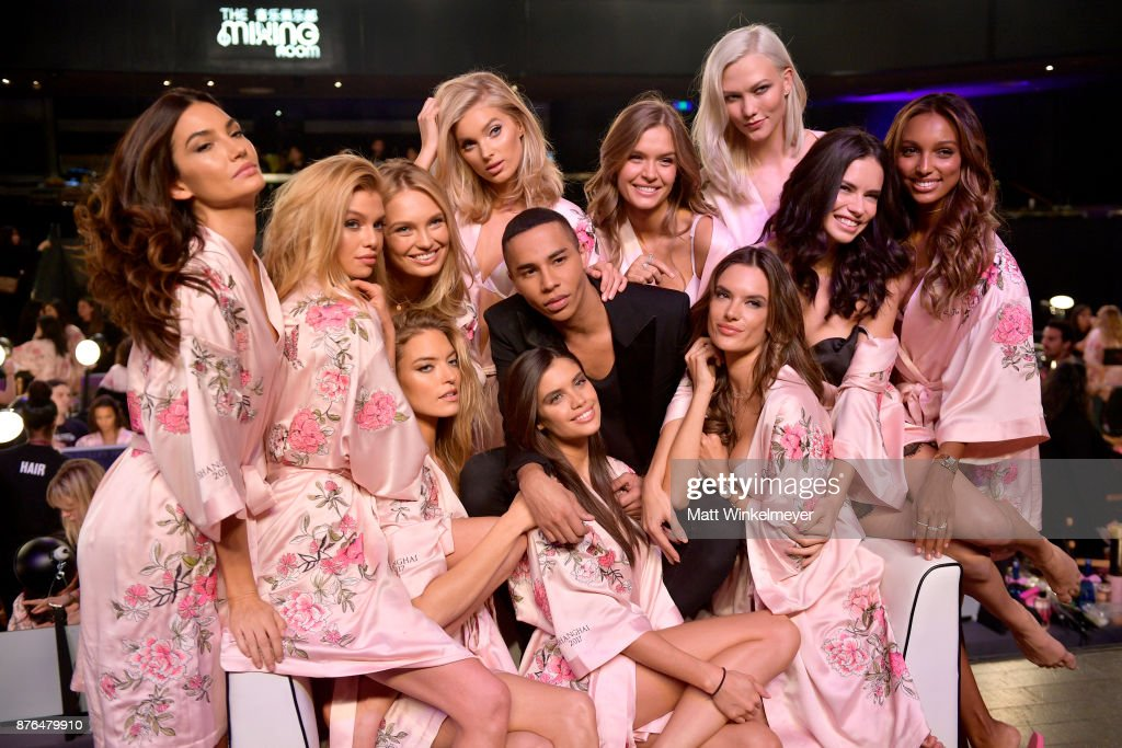 Lily Aldridge, Stella Maxwell, Romee Strijd, Martha Hunt, Elsa Hosk, Olivier Olivier Rousteing, Sara Sampaio, Josephine Skriver, Alessandra Ambrosio, Adriana Lima, Karlie Kloss and Jasmine Tookes during 2017 Victoria's Secret Fashion Show In Shanghai at Mercedes-Benz Arena on November 20, 2017 in Shanghai, China.