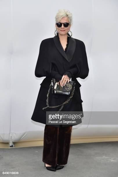 Lily Allen attends the Chanel show as part of the Paris Fashion Week Womenswear Fall/Winter 2017/2018 on March 7 2017 in Paris France