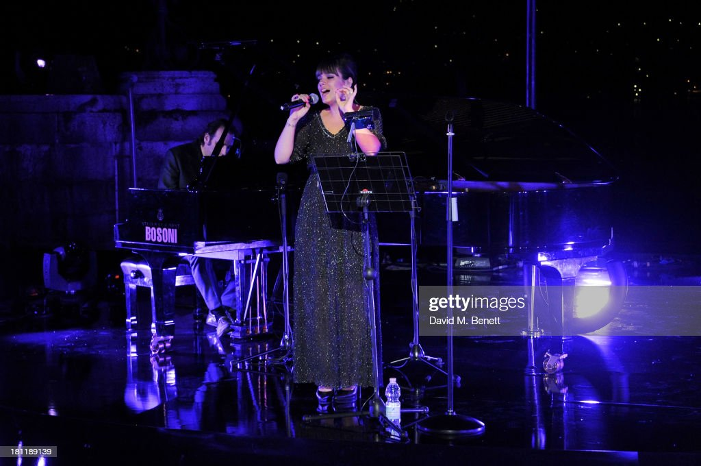 <a gi-track='captionPersonalityLinkClicked' href=/galleries/search?phrase=Lily+Allen&family=editorial&specificpeople=724899 ng-click='$event.stopPropagation()'>Lily Allen</a> performs at the MARTINI 150 anniversary gala at Villa Erba, Lake Como on September 19, 2013 in Como, Italy.