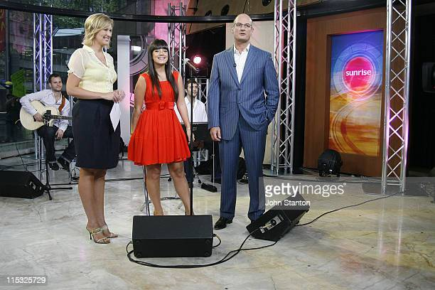 Lily Allen with hosts Melissa Doyle and David Koch