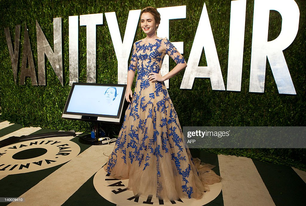 Lily Collins arrives at the Vanity Fair Oscar Party, for the 84th Annual Academy Awards, at the Sunset Tower on February 26, 2012 in West Hollywood, California. AFP PHOTO / ADRIAN SANCHEZ-GONZALEZ