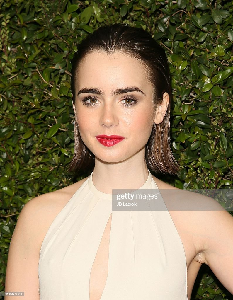 <a gi-track='captionPersonalityLinkClicked' href=/galleries/search?phrase=Lily+Collins&family=editorial&specificpeople=3520243 ng-click='$event.stopPropagation()'>Lily Collins</a> attends the Chanel And Charles Finch Pre-Oscar Dinner at Madeo Restaurant on February 21, 2015 in West Hollywood, California.