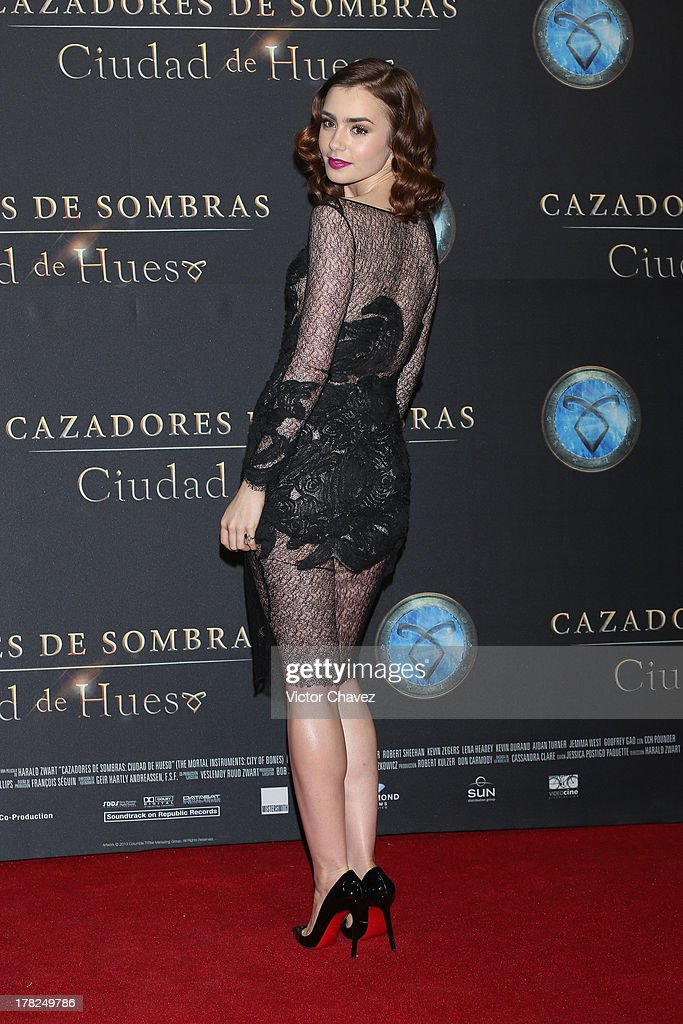 Lily Collins attends The Mortal Instruments: City of Bones' Mexico City screening at Auditorio Nacional on August 27, 2013 in Mexico City, Mexico.