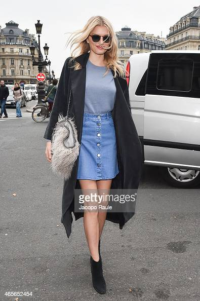 Lily Donaldson arrives at Stella McCartney Fashion Show during Paris Fashion Week Fall Winter 2015/2016 on March 9 2015 in Paris France