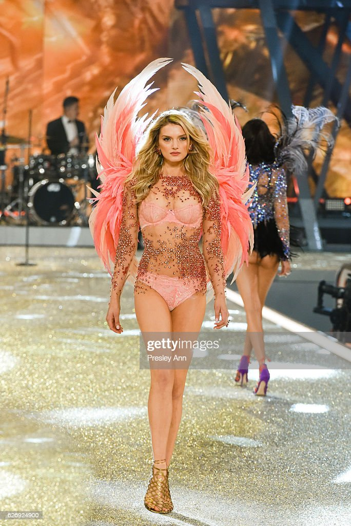 lily-donaldson-walks-the-runway-2016-victorias-secret-fashion-show-in-picture-id626924900