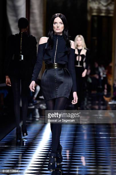 Lily Donaldson walks the runway during the Balmain show as part of the Paris Fashion Week Womenswear Fall/Winter 2016/2017 on March 3 2016 in Paris...