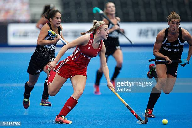 Lily Owsley of Great Britain carries the ball during the FIH Women's Hockey Champions Trophy 2016 match between New Zealand and Great Britain at...