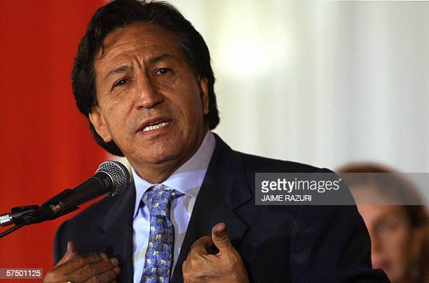 Peruvian President Alejandro Toledo delivers a speech for labour's day at the Goverment Palace in Lima 30 April 2006 Peru's Government on Sunday...
