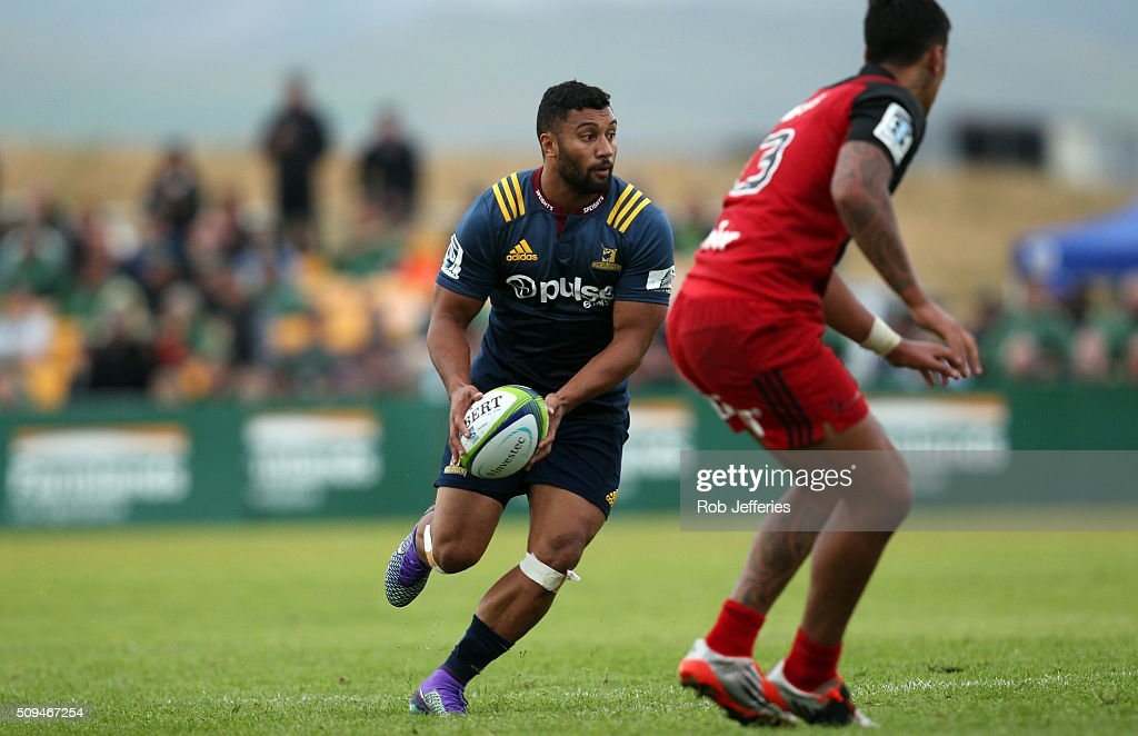 <a gi-track='captionPersonalityLinkClicked' href=/galleries/search?phrase=Lima+Sopoaga&family=editorial&specificpeople=7196726 ng-click='$event.stopPropagation()'>Lima Sopoaga</a> of the Highlanders on the attack during the Super Rugby trial match between the Highlanders and the Crusaders at Fred Booth Park on February 11, 2016 in Waimumu, New Zealand.