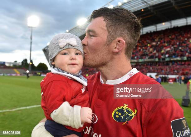 Limerick Ireland 20 May 2017 Peter O'Mahony of Munster with his daughter Indie after the Guinness PRO12 semifinal between Munster and Ospreys at...