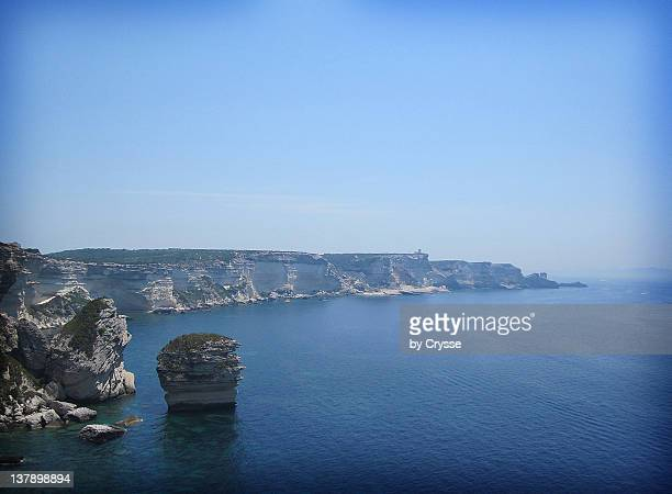 Limestone cliffs and 'grain of sand'