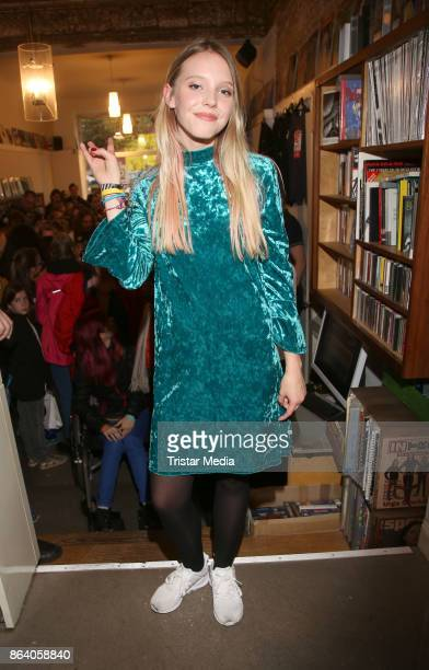 Lina Larissa Strahl during her unplugged and autograph session on October 20 2017 in Hamburg Germany