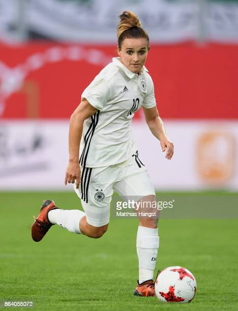 Lina Magull of Germany controls the ball during the 2019 FIFA Women's World Championship Qualifier match between Germany and Iceland at BRITAArena on...