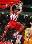 Linas Kleiza #11 of Olympiacos Piraeus in action during the Euroleague Basketball 20092010 Last 16 Game 2 between Olympiacos Piraeus vs BC Khimki...