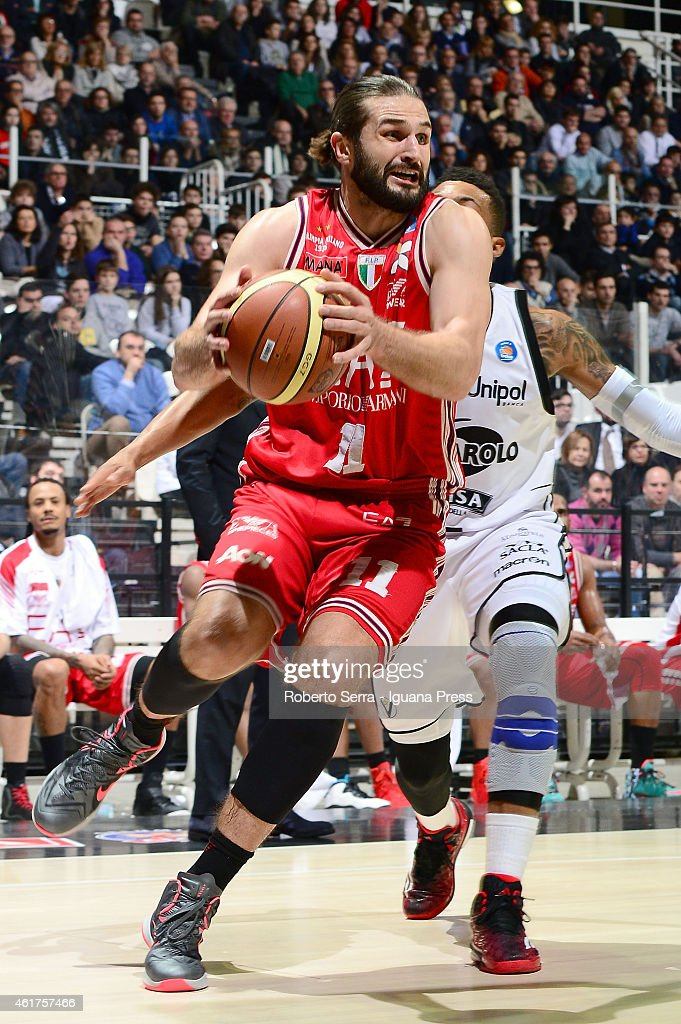 Linas Kleiza of Armani in action during the match between Granarolo Virtus Bologna and EA7 Emporio Armani Olimpia Milano at Unipol Arena on December...