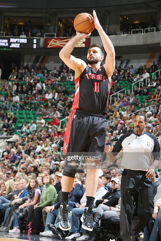 <a gi-track='captionPersonalityLinkClicked' href=/galleries/search?phrase=Linas+Kleiza&family=editorial&specificpeople=211014 ng-click='$event.stopPropagation()'>Linas Kleiza</a> #11 of the Toronto Raptors shoots against the Utah Jazz at Energy Solutions Arena on December 07, 2012 in Salt Lake City, Utah.
