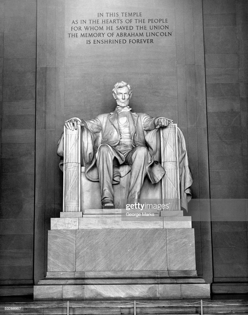 Lincoln Monument : Stock Photo