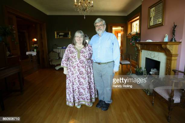 TORONTO ON OCTOBER 12 Linda and Patrick Boyle in their Smith Falls ON home awaiting the arrival of their son daughterinlaw and three grandchildren...