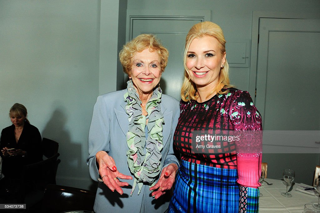 Linda Bowling and Megan O'Brien attend the St. Vincent Meals on Wheels Beauty Event. Beauty Inside and Out on May 24, 2016 in Los Angeles California.