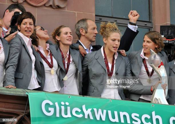 Linda Bresonik Inka Grings Simone Laudehr and Kim Kullig are seen during the Women's national team celebration of the Euro 2009 victory at the...