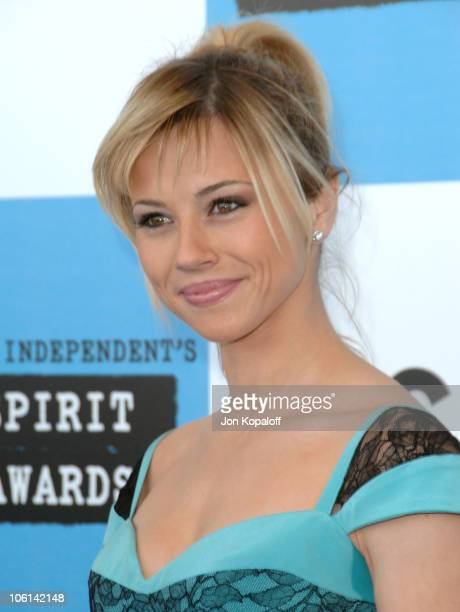 Linda Cardellini during 2007 Film Independent's Spirit Awards Arrivals at Santa Monica Pier in Santa Monica California United States