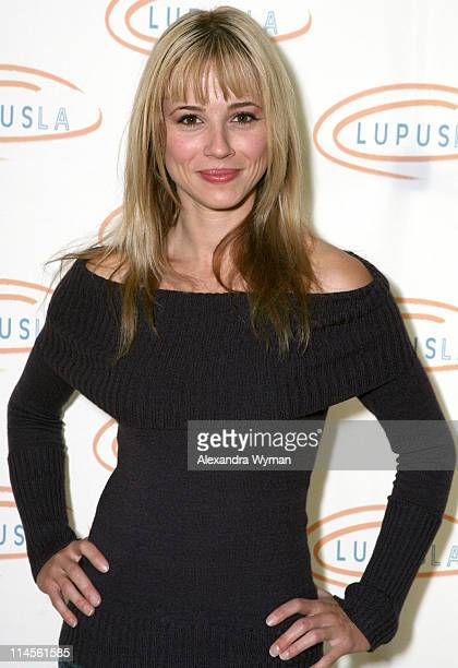 Linda Cardellini during 'Hollywood Bag Ladies' Lupus Luncheon Honoring Carrie Brillstein at Beverly Wilshire Hotel in Los Angeles California United...