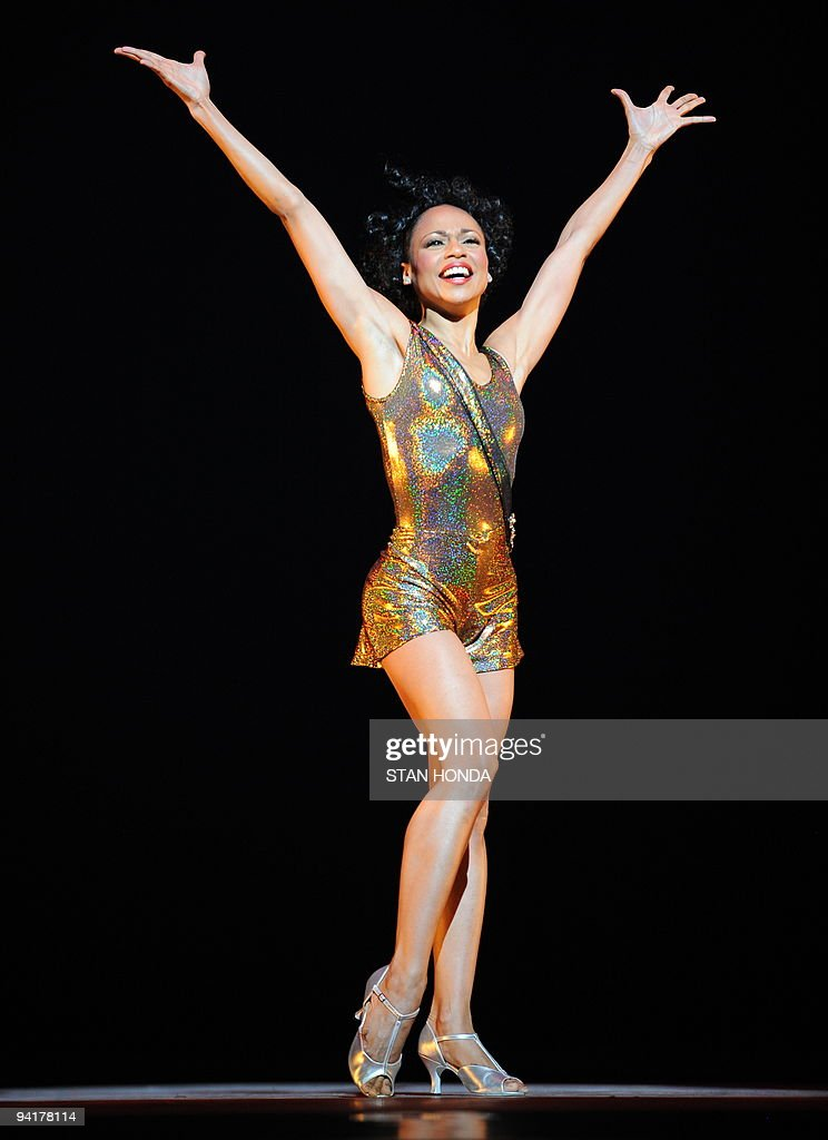 Linda Celeste Sims of the Alvin Ailey American Dance Theater during dress rehearsal of 'Uptown', chorographed by Matthew Rushing, December 9, 2009 in New York. The performance highlights key events of the Harlem Renaissance era in the 1920's. AFP PHOTO/Stan Honda