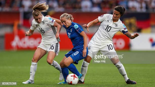 Linda Dallmann Dzsenifer Marozsan of Germany and Valentina Cernoia of Italy battle for the ball during the UEFA Women's Euro 2017 at Koning Willem II...