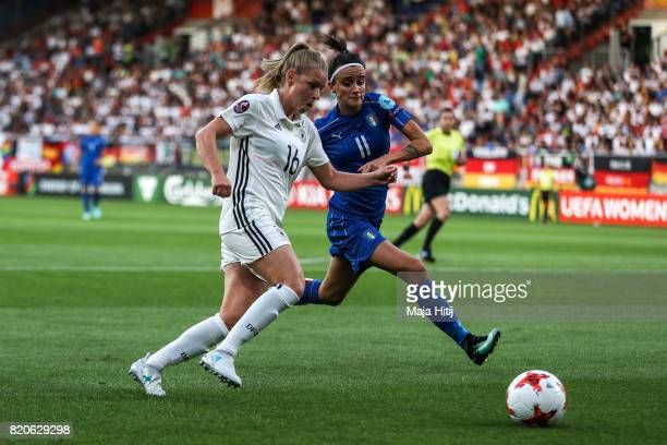 Linda Dallmann of Germany and Barbara Bonansea of Italy battle for the ball during the UEFA Women's Euro 2017 at Koning Willem II Stadium on July 21...